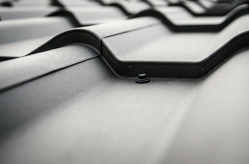 Wygodne i funkcjonalne dachy płaskie