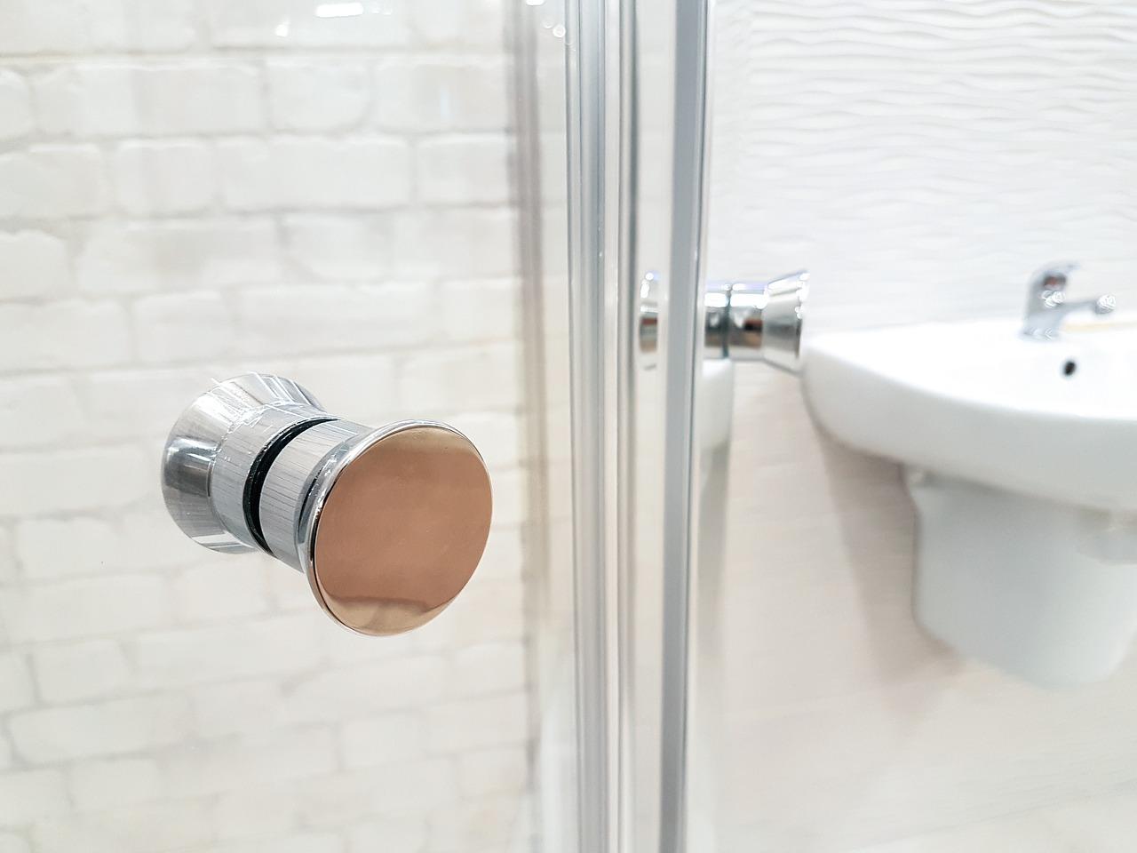 Kabina prysznicowa: rozwiązanie idealne do małych łazienek