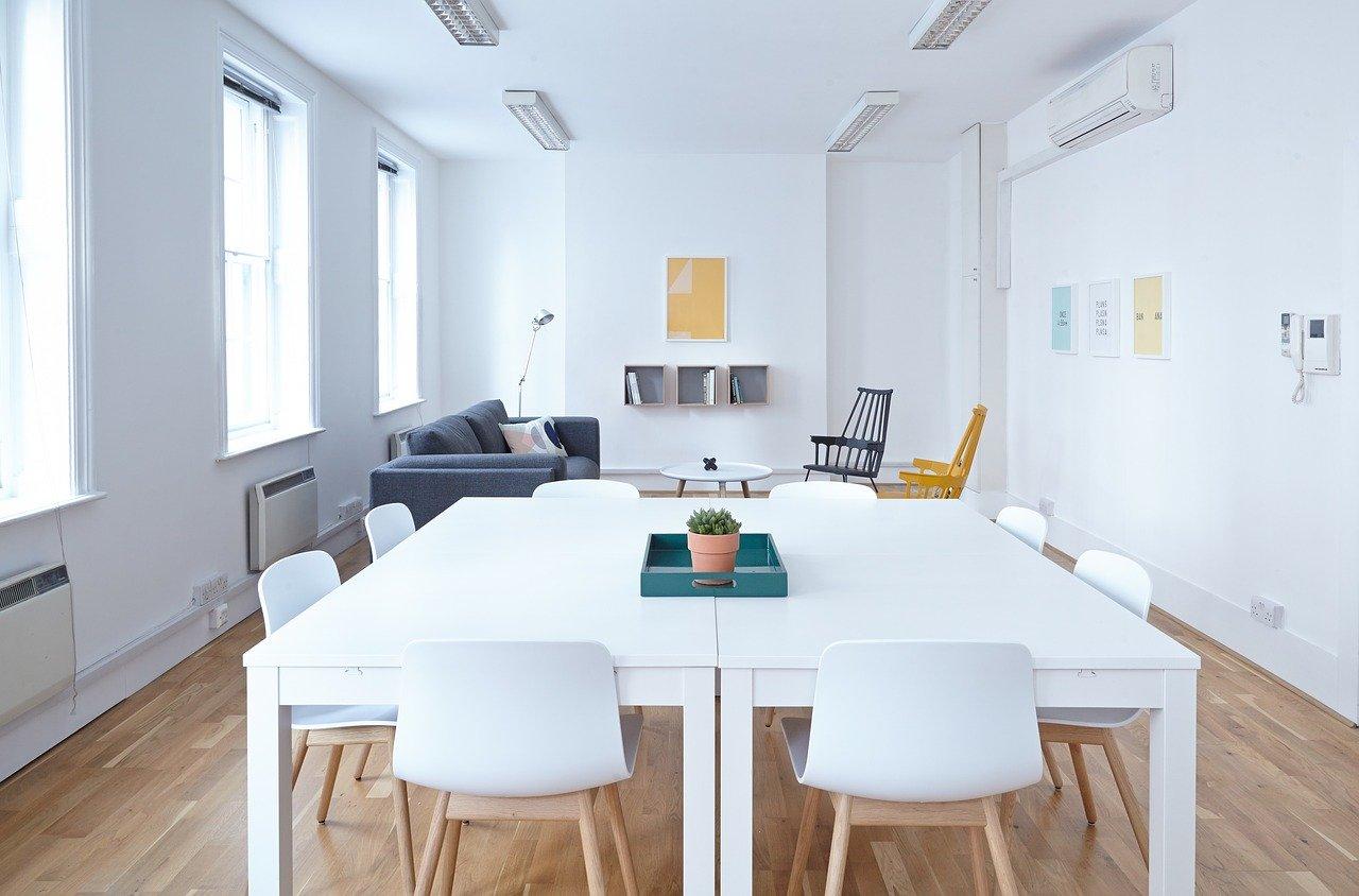 Jak zadbać o spójny wizerunek biura